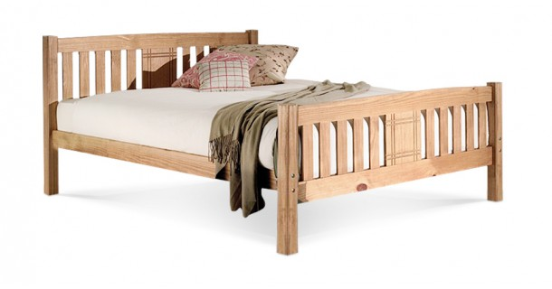 Sedna Bedstead by Limelight