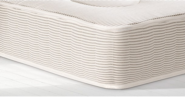 Luxury Quilted Mattress by Esyy